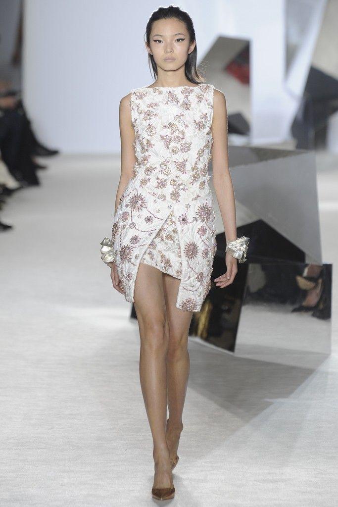 Giambattista Valli Couture | giambattista-valli-haute-couture-ss-2014-paris-18.jpg