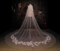 Wonderful Champagne Cathedral Wedding Veils For Brides One-Layer White Ivory Beige Cut Edge Applique Hot Sale Bridal Veils