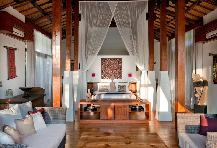 Villa Amy's awesome master bedroom @Dea Villas  #Bali #DeaVillas #Amy #Indonesia #masterbedroom #homedecor