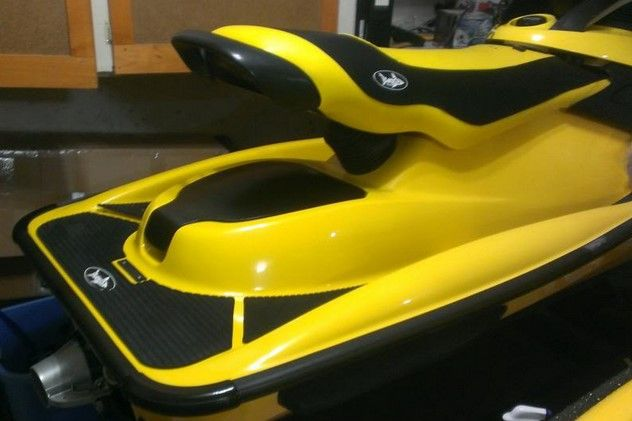There's nothing better than Wipe New for restoring shine to your jetskis, seadoos, wave runners, and other personal water craft! #wipenew #wipenewmarine #pwc
