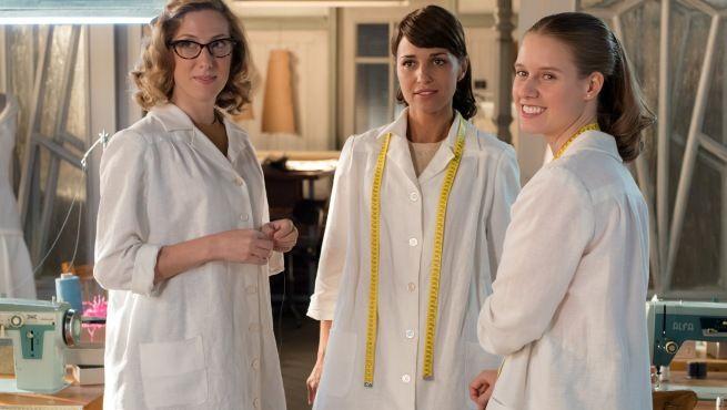 Ana, Luisa y Rita ( Galerias Velvet)