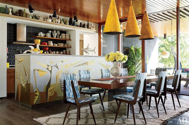 Jonathan Adler and Simon Doonan collaborated with New Haven, Connecticut, firm Gray Organschi on their midcentury-inspired New York vacation home.