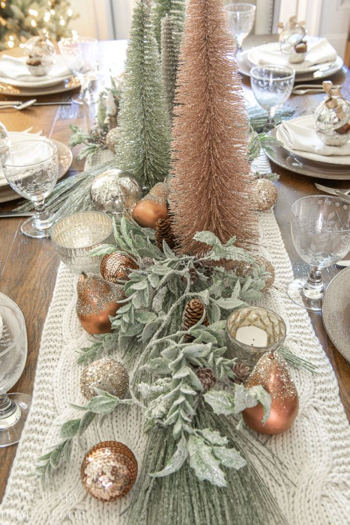 Old Fashioned Christmas table centerpiece