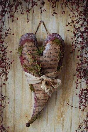 Marvelous heart.: Crafts Ideas, Heart, Heart Hangers, Sewing Crafts, Valentines Heart, Fabrics Heart, Beautiful Heart, Primitives Heart Patterns, Love Letters