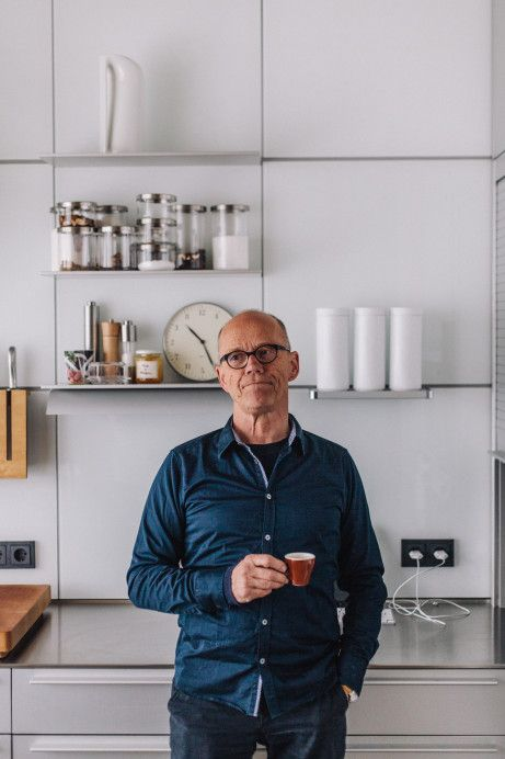 17 best images about erik spiekermann on pinterest edc typography and entrepreneur. Black Bedroom Furniture Sets. Home Design Ideas