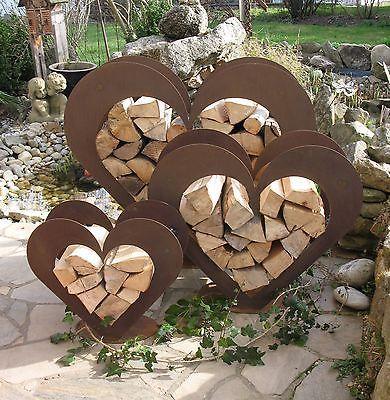Herz aus Metall - Holz-Regal - Edel-Rost - Garten Terrasse - Deko - TOLL!