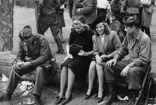 Немецкий профессор развенчала миф о «зверствах» Красной Армии: Немок массово насиловали англосаксы - staysane2012
