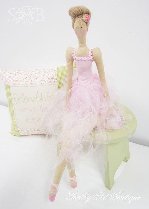 Shabby Art Boutique: Tilda Addict.....(a lovely ballerina! i LOVE her hairstyle!!)....