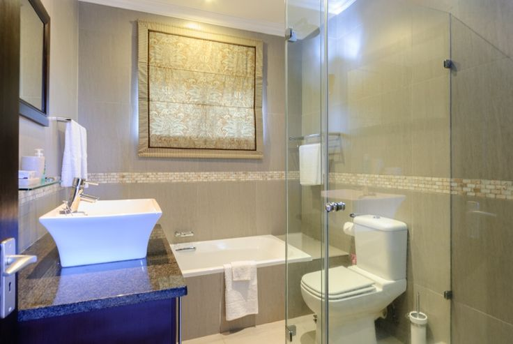Stylish bathrooms at On Madeleinde Holiday Home. Self-catering accommodation Ballito.