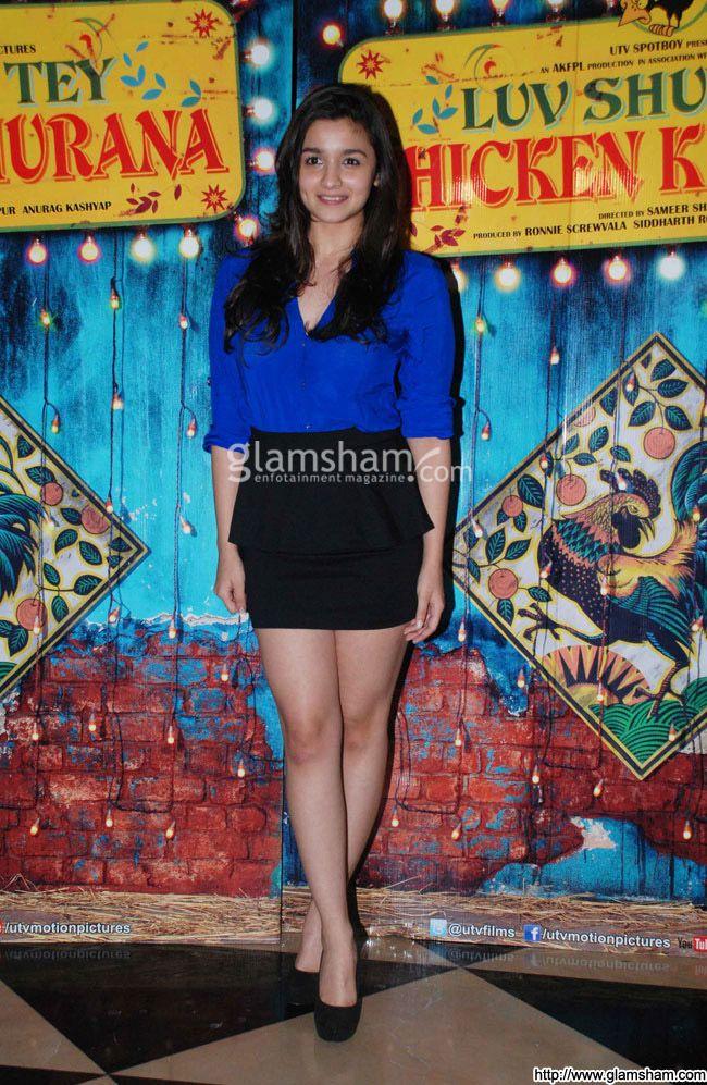 Alia Bhatt In Short Skirts at Hot Bollywood babes in short ...