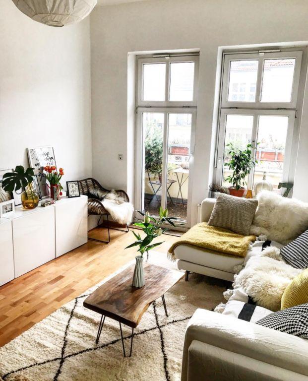 ein kleiner selbst gemachter wohnzimmertisch diy tisch wohnzimmer einrichtungsideen mit. Black Bedroom Furniture Sets. Home Design Ideas