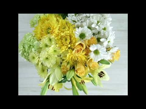 DIY: Try This Spring Flower Arrangement with Lilies, Daisies, Disbuds and More - YouTube