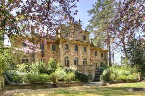 Pink Castle, Atlanta, GA: Pinestream Roads, Beautiful House, Pink Castles, Gorgeous Homesexterior, Roads Pink, Holidays Villas, Architecture Digest, Peachtr Roads, Beautiful Italian