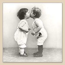 Serwetka do decoupage Kissing Babies Vintage - sklep Decoupage Art.pl