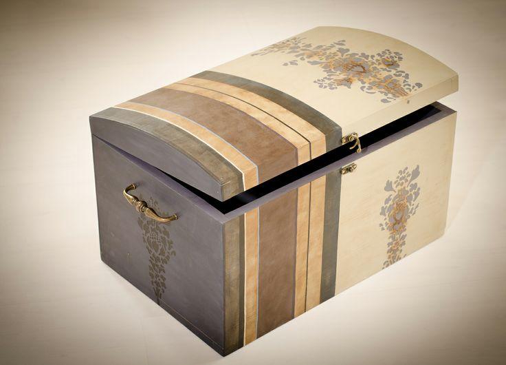 wooden treasure box 49/29/27 cm 2013