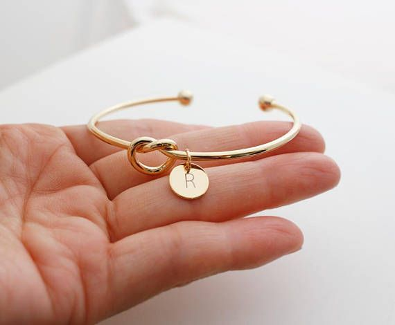 Adjustable Knot Bangle Bridal Party Gifts Personalized Initial Bracelet for Wedding Party Tie the knot Bracelet Bridesmaid Proposal Gift