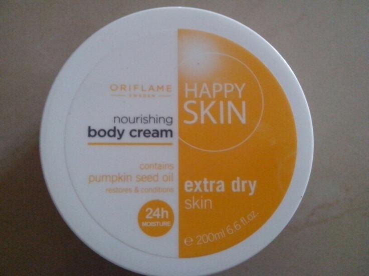 udara panas gini enakan pake cream happy skin by oriflame ..lembut dan nyaman ..mau ? segera kirim pesan