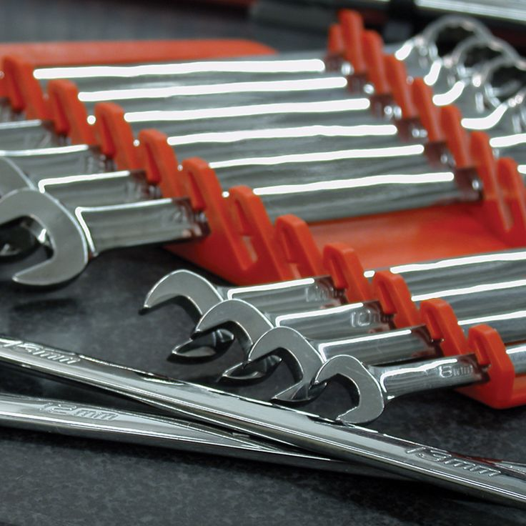 Standard Gripper Red Spanner Rack Australia holds 12 Tools This red standard gripper spanner rack can hold up to 12 spanners. Superior designs fits most spanners. Made from fuel and solvent resistant material. Can be hung on peg boards. Lifetime guarantee. Made in the USA. Flat rate delivery Australia Wide. www.justprotools.com.au