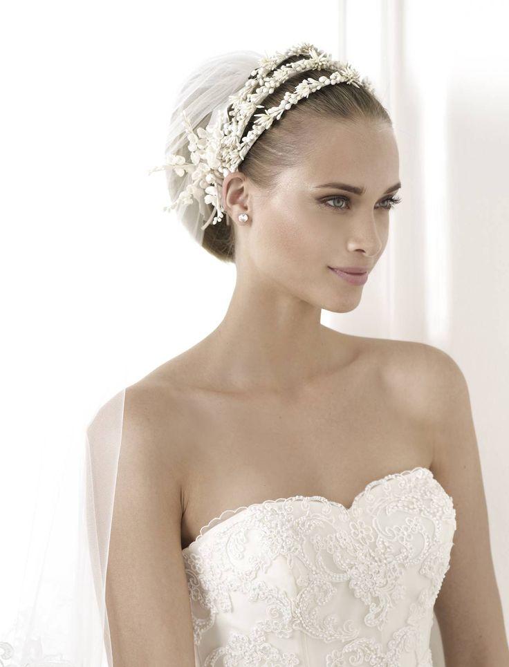 Bimba esküvői ruha http://lamariee.hu/eskuvoi-ruha/pronovias-pre-collection-2015/bimba