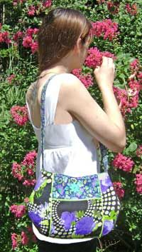 The Perfect Little Purse Pattern by Henny Penny Patterns