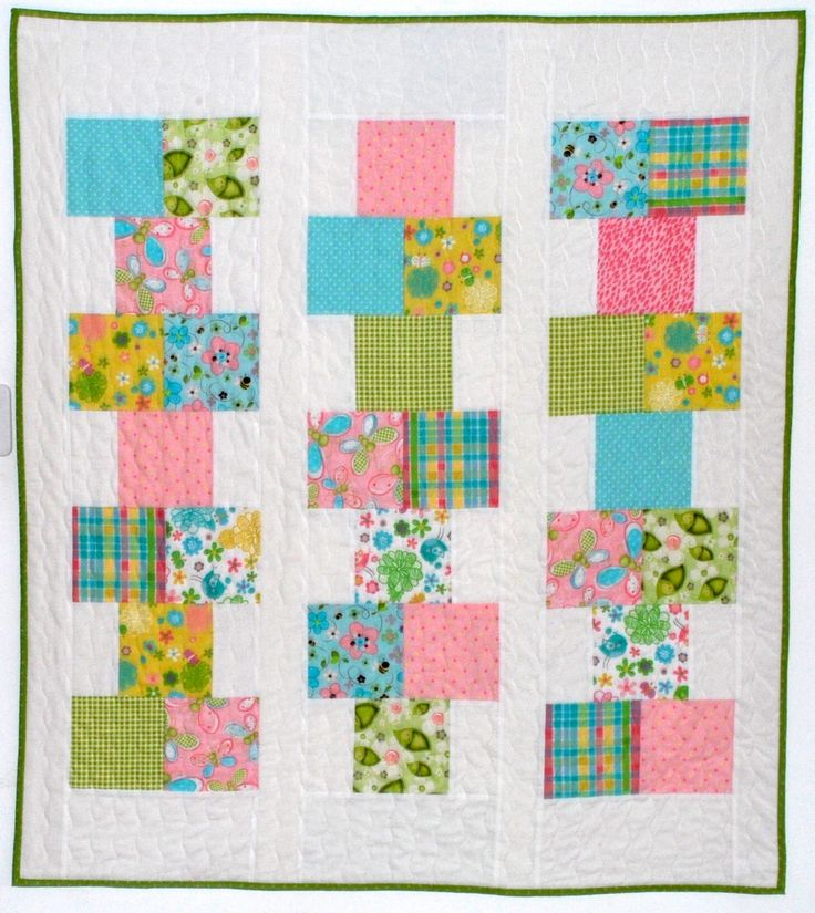 pdf baby quilt pattern...quick and easy...Hopscotch... charm pack or fat quarters or scraps...modern quilt by MamaNanaPatterns on Etsy https://www.etsy.com/listing/532332766/pdf-baby-quilt-patternquick-and