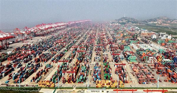 China's 2015 GDP growth forecast maintains at 6.8%: UBS http://xhne.ws/uQ2Rh