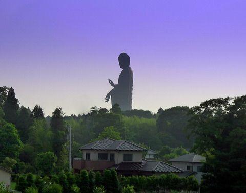 牛久大仏(うしくだいぶつ、正式名称:牛久阿弥陀大佛)(茨城県)