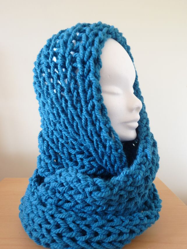 Chunky Knitted Infinity Scarf - Electric Blue £18.00