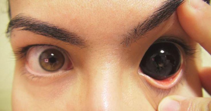 Исследователи из университета Киото нашли возможное объяснение, почему люди с трудом смотрят другим в глаза, когда говорят лицом к лицу.