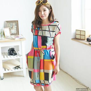 Buy 'Lucky Leaf – Drawstring-Waist Geometric Pattern Dress' at YesStyle.com plus more Taiwan items and get Free International Shipping on qualifying orders.