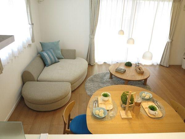 10畳未満のリビングダイニングでも曲線のある家具をチョイスすると空間が広く使えるコーディネート! | 家具なび~きっと家具から始まる家づくり~ 名古屋・インテリアショップBIGJOYが家具の視点から家づくりを提案