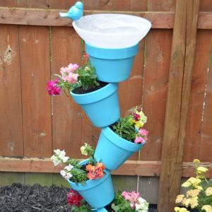 I shared yesterday that I was working on a diy garden projectthat was for the birds! Our Lowes Creative Ideas Network challenge this mon