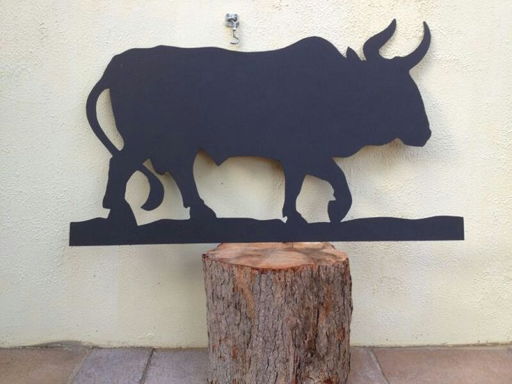 Nguni bull (metal and matt paint) by Caro Tinley. For Sale.