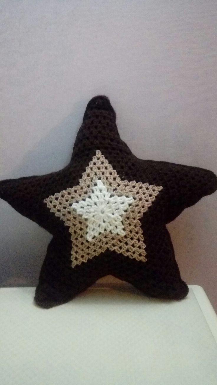 Cojin Estrella en punto granny