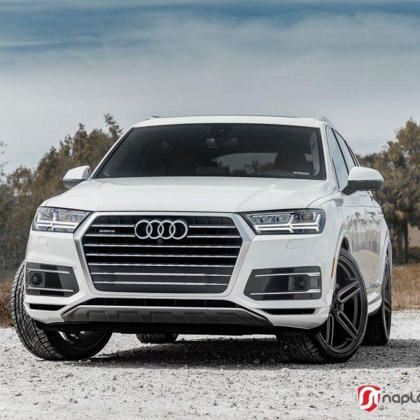 Custom Audi Images Mods Photos Upgrades Carid Com Gallery Audi Q7 Dream Cars Audi Audi