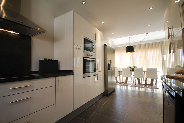 Kitchen, dining, lighting by Pulse Interior Design