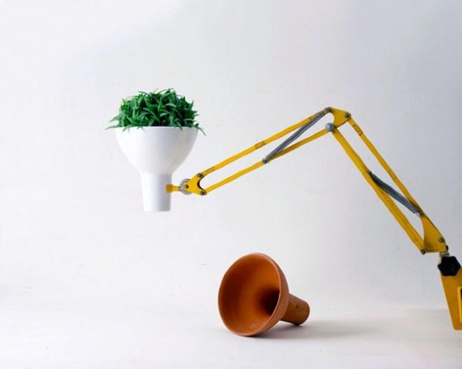 http://www.obsessivecollectors.com/flexo-flower-pot/