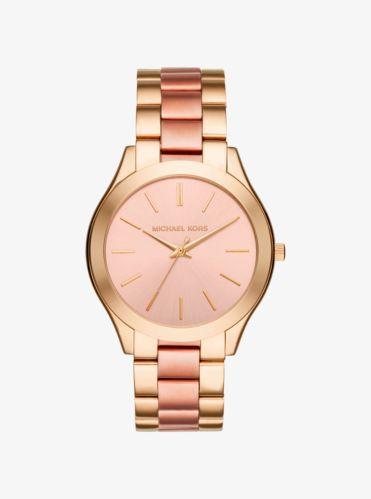 Distinguido e increíblemente elegante, este reloj cuenta con una silueta fina que aporta una sensación y un aspecto que desprenden minimalismo. Un clásico indispensable, nuestro icónico Runway se renueva esta temporada con un diseño en dos tonos. Nos encanta el contraste tan chic que ofrece la combinación de dorado y dorado rosa. Llévalo con varias pulseras doradas en tu tiempo libre, o deja que se convierta en el absoluto protagonista de tu día a día.