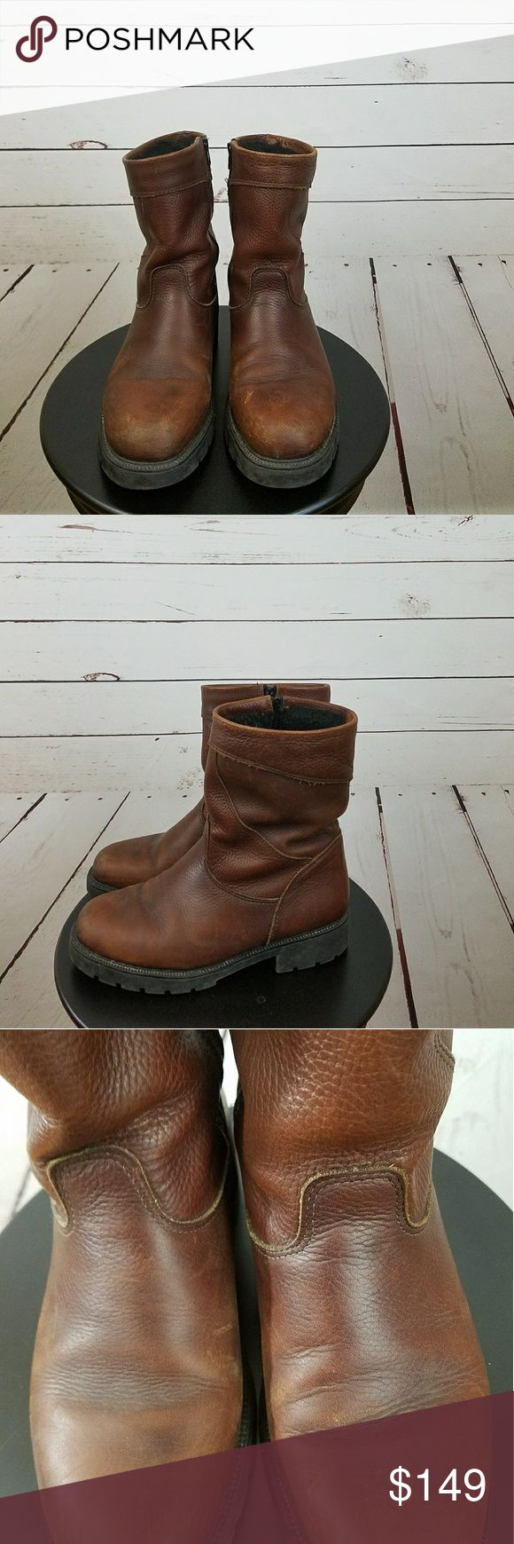 Sorel Mens Boots 8 1/2 Medium Brown Zip Side Sorel Mens Boots 8 1/2 Medium Brown Zip Side Good condition with some scuff marks on the outside. We are taking offers please no low ballers. Thanks Sorel Shoes Boots
