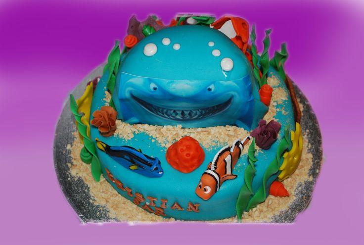 FINDING NEMO var også populær en gang.  Kan lages både som sjokoladekake og marsipanbløtkake. Ta kontakt for mer info på post@bellakaker.no eller ta en titt på websiden min www.bellakaker.no