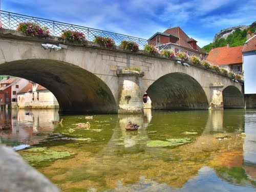Ornans : le Grand Pont sur la Loue