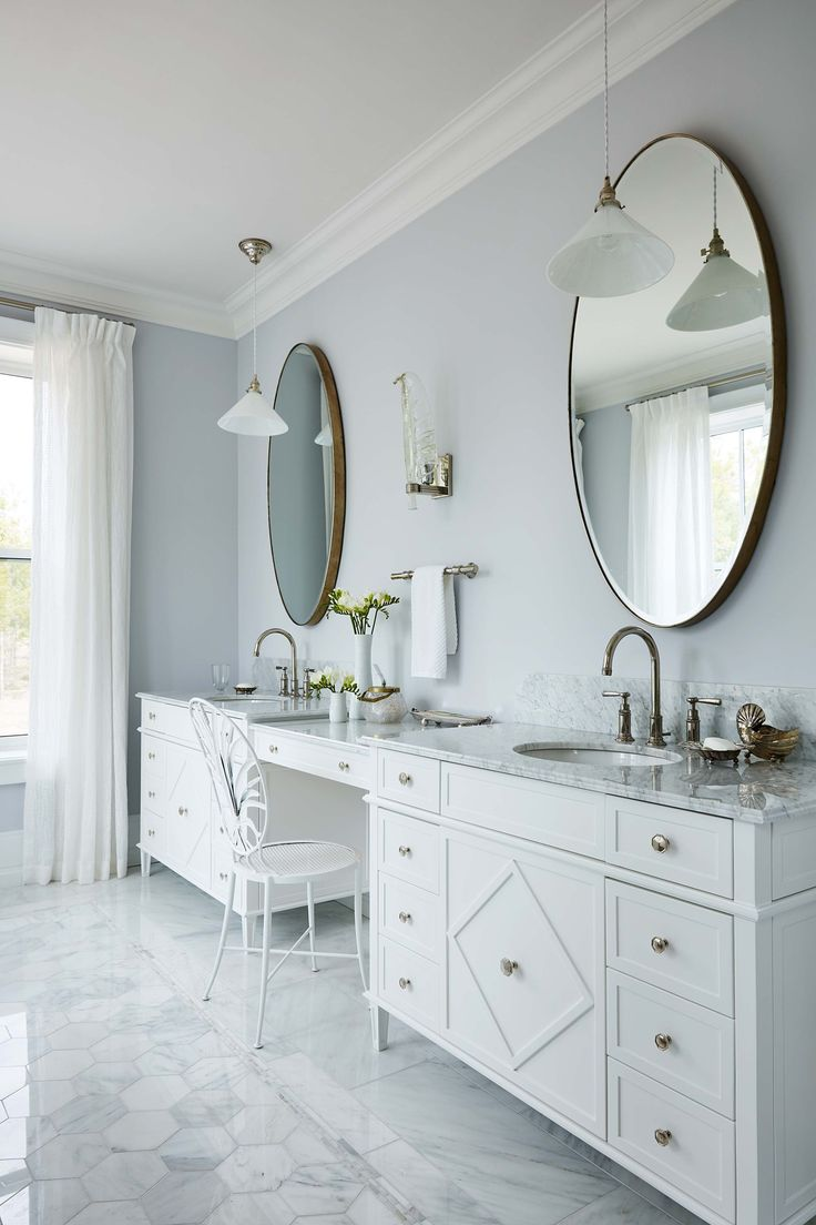Large double vanity with a makeup station in Sarah Richardson's new ensuite - Sarah off the Grid - HGTV Canada