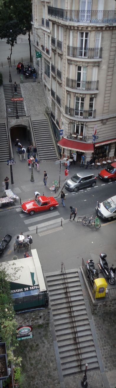 Paris - Metro Lamarck-Caulaincourt vue de haut.  #France