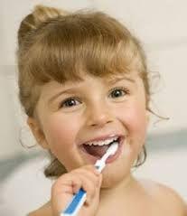 Άρωμα Ικαρίας: Φτιάξτε οδοντική σκόνη με στάχτη, φασκόμηλο, κανέλ...
