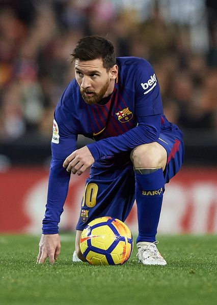 Lionel Messi of Barcelona reacts on the pitch during the La Liga match between Valencia and Barcelona at Estadio Mestalla on November 26, 2017 in Valencia, Spain.