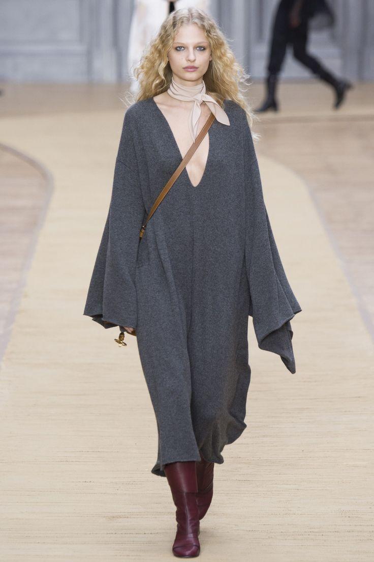 Chloé Fall 2016 Ready-to-Wear Fashion Show - Frederikke Sofie