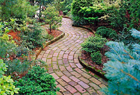 Záhradné chodníky z tehly