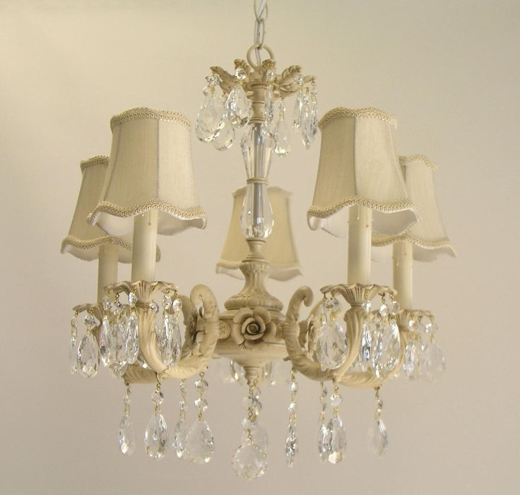 shabby chic kitchen decorating ideas google search - Shabby Chic Chandelier