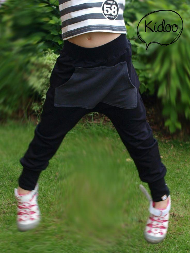 Growing harem sweatpants