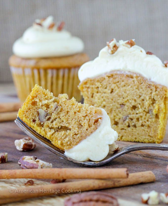 ... Pie Cupcakes ! Piled High With Whipped Cream Cheese Maple Caramel